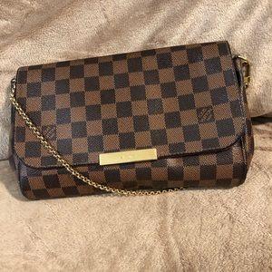 Louis Vuitton favorite damier